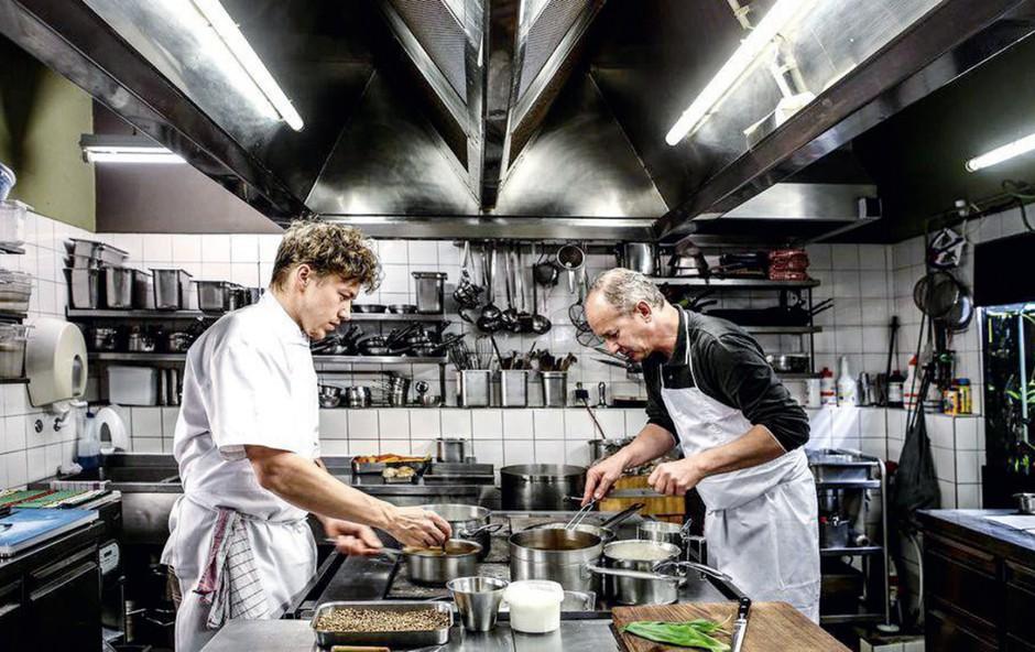 "Philip Rachinger, mojster kuhe: ""Kreiranje jedi mora biti zabavno!"" (foto: arhiv Mühltalhof )"