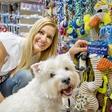 Mišo Margan Kocbek skrbi za zdravje psičke Ajše