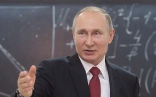 Vladimir Putin nima pametnega telefona!