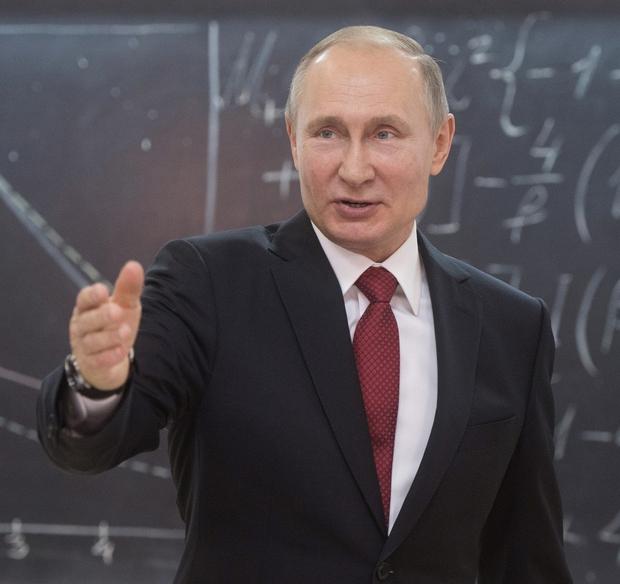 Putin načrtuje rusko alternativo Wikipediji (foto: profimedia)