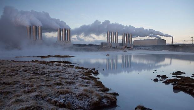 Zaradi masovnega rudarjenja bitcoinov se Islandija sooča s primanjkljajem elektrike (foto: Profimedia)