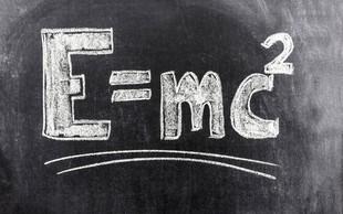Einsteinovo pismo s teorijo relativnosti prodali za več kot 80.000 evrov