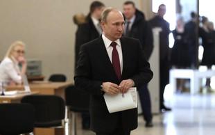 Vladimir Putin na volitvah za ruskega predsednika potrdil svoj četrti mandat!
