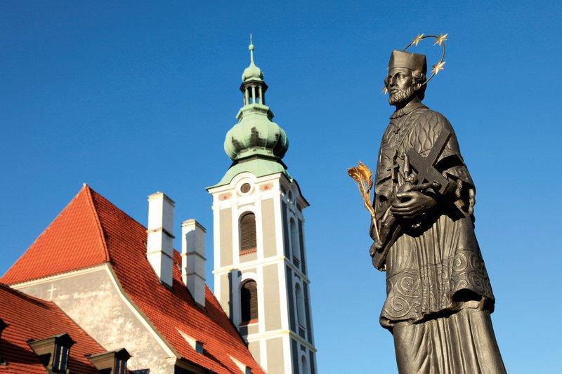 Češki Krumlov –   srednjeveško mesto še danes