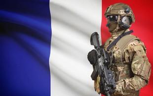 Policija ubila napadalca v trgovini na jugu Francije