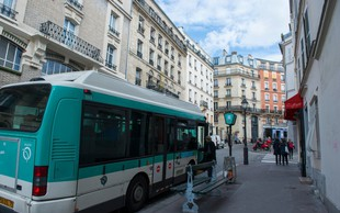 Županja Pariza resno razmišlja o brezplačnem potniškem prometu