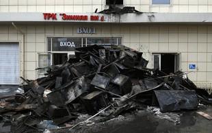 Požar v nakupovalnem središču v Sibiriji zahteval več kot 60 življenj