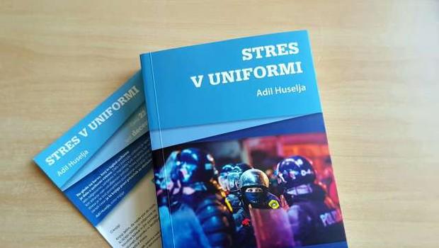 Kriminalist Adil Huselja o stresu v knjigi Stres v uniformi (foto: STA)