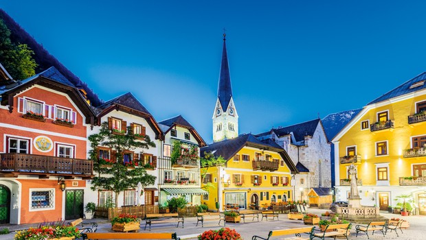 Avstrijski Hallstatt –  slovi kot vas soli (foto: Shutterstock)