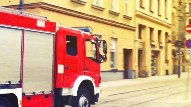 Zaradi požara v Kranju sedem ljudi začasno biva v občinski stavbi (foto: profimedia)