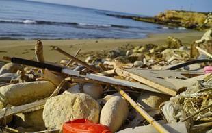 Ameriški in britanski znanstveniki odkrili encim, ki razgrajuje plastiko!