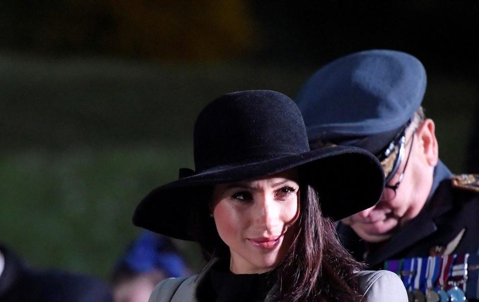Meghan Markle bo že pred poroko s princem Harryjem dahnila usodni da (foto: profimedia)