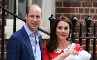 O tem sta se Kate Middleton in princ William pogovarjala na stopnicah pred porodnišnico