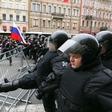 V Rusiji na sobotnih protestih aretirali 1600 oseb, med njimi tudi Alekseja Navalnija!