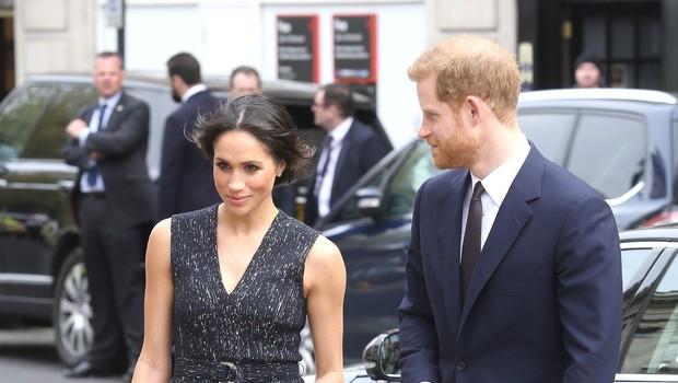 Princ Harry in Meghan Markle močno presenetila z izborom pesmi za prvi ples (foto: Profimedia)
