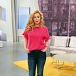 Voditeljica Ana Tavčar Pirkovič zna izpostaviti svojo ženstvenost