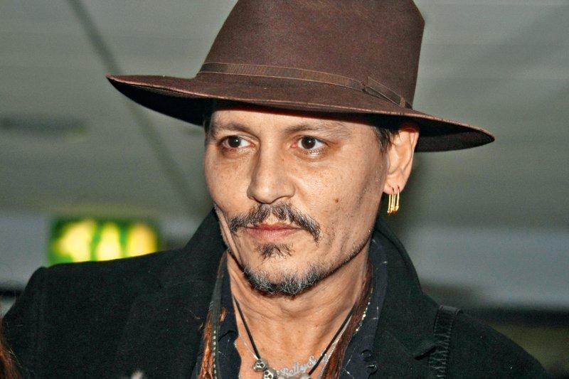 Johnny Depp: Nihče več noče sodelovati z njim