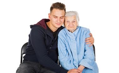 "Ana Cajnko svojcem obolelih za demenco: ""Postavite se za svoje pravice!"""
