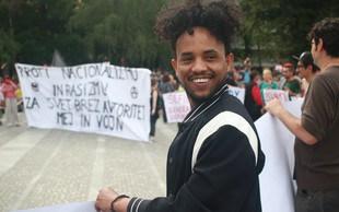 Fotogalerija Ljubljane, ki je šla s srci nad politiko sovraštva