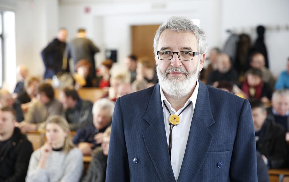 Predsednik strokovnega združenja profesionalnih čebelarjev Boris Seražin. (foto: Tina Ramujkić)