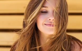 Do hitre osvežitve las s suhim šamponom NIVEA Fresh Revive