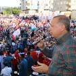 Turški predsednik Erdogan pred volitvami obljubil kavarne z brezplačno kavo in čajem