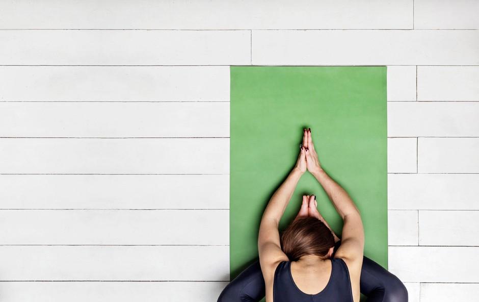 Jin joga - veščina sprostitve in način zavestnega usmerjanja pozornosti v svoje telo (foto: shutterstock)