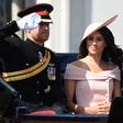 Kate Middleton navdušila, Meghan Markle dobila modne kritike