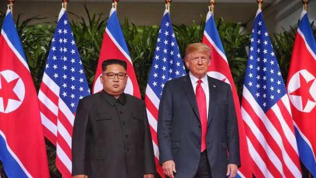 Iz Vietnama izgnali posnemovalca severnokorejskega samodržca Kim Jong-una (foto: STA)