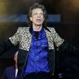 Poglejte si, kako gibčno je dekle Micka Jaggerja!