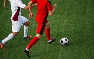 Nagradna uganka II.: Kateri nogometaš je na sliki?