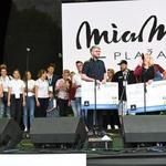 Ček sta iz rok velenjskega župana Bojana Kontiča prejela sekretarka MZPM Velenje Bojana Špegel in ravnatelj CVIU Velenje Aleksander Vališer. (foto: Milan Njenjič)