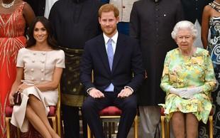 Meghan Markle spet napačno prekrižala noge in ujezila kraljico