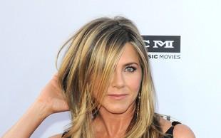 Jennifer Aniston pokazala, kakšno frizuro je imela pred leti