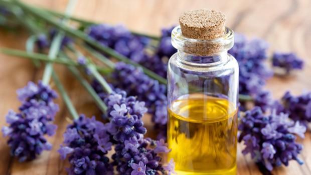 Magična eterična olja - prva pomoč pri bolečih pikih (foto: Shutterstock)