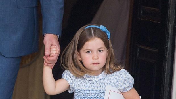 Princesa Charlotte je na krstu malega princa podila fotografe (foto: Profimedia)