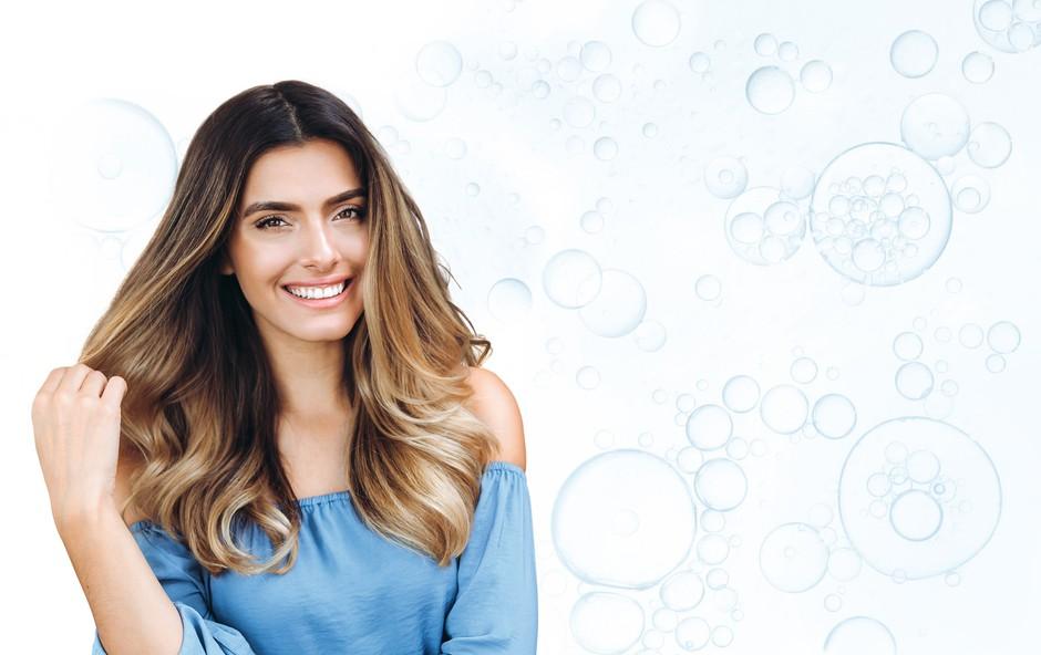 Brezskrbno poletje za suhe lase (foto: Nivea Promo)