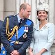 Princ William sredi uradne slovesnosti planil v smeh