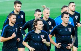 Hrvaške nogometaše bodo doma pričakale horde navijačev in državna odlikovanja