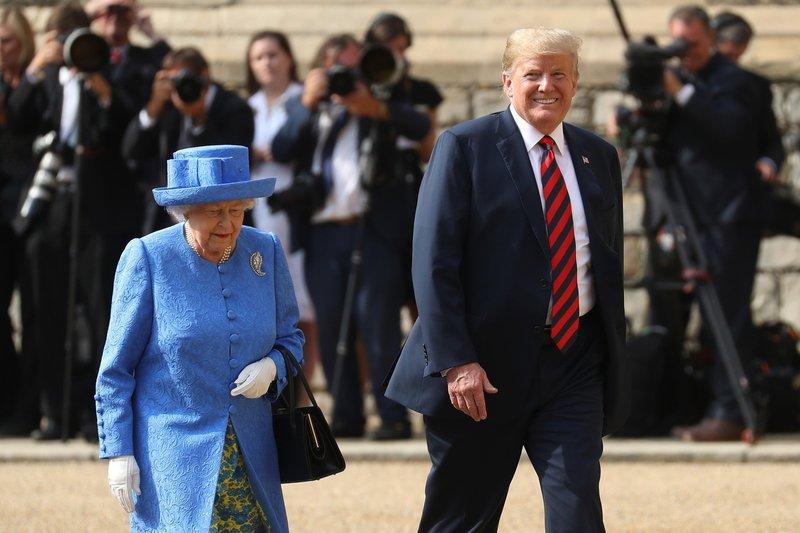kraljica Elizabeta in Donald Trump