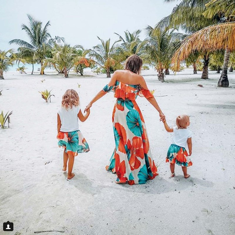 Rebeka z otrokoma