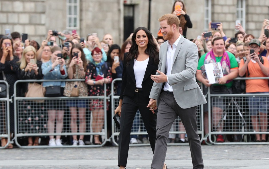 Princ Harry je Meghan Markle prepovedal nositi kostime (foto: Profimedia)