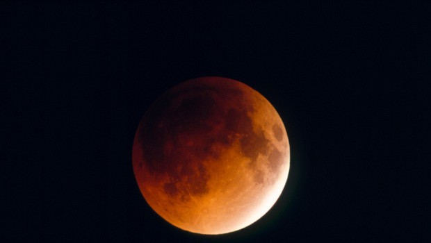 Pripravite se, v ponedeljek prihaja super krvava Luna! (foto: Profimedia)