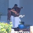 Khloe Kardashian in Tristana Thompsona paparaci zasačili v intimnih trenutkih