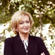 Ksenija Benedetti v posebni vlogi - v vlogi matičarke