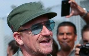 Bono po le nekaj odpetih pesmih ostal popolnoma brez glasu