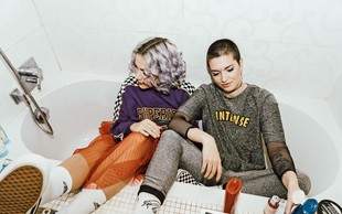 Eva Slana in Tjaša Pezdirc o svoji modni blagovni znamki WE ARE LENA
