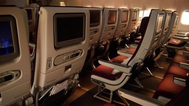 Na letih šrilanške letalske družbe nič več oreščkov - zaradi jeze predsednika države (foto: Profimedia)