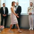 Obleka Melanie Trump, ki je navdušila modne kritike