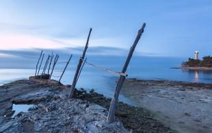 Pri Savudriji pogrešan slovenski deskar sam priplaval na obalo Trsta!